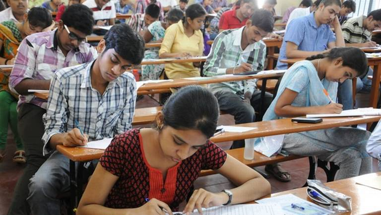 AIPMT 2015 CBSE yet to refund money deposited by candidates