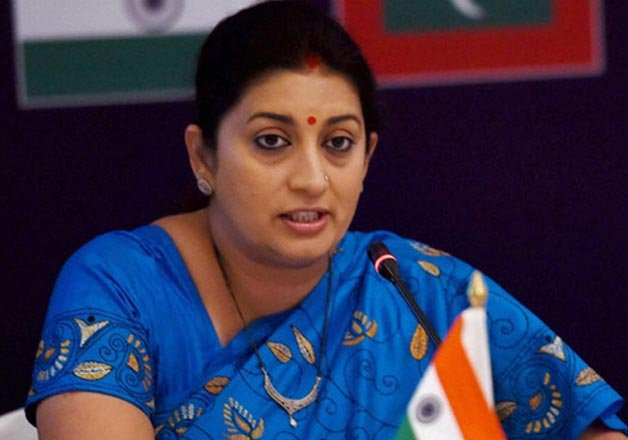 HRD Minister Smriti Irani-RSS meet New education policy possible candi