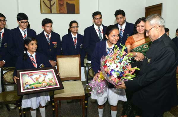 President Pranab Mukherjee to be a teacher for one day in Delhi Govt S