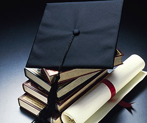 Graduate Degree or Certificate: Which is Right for YOU?